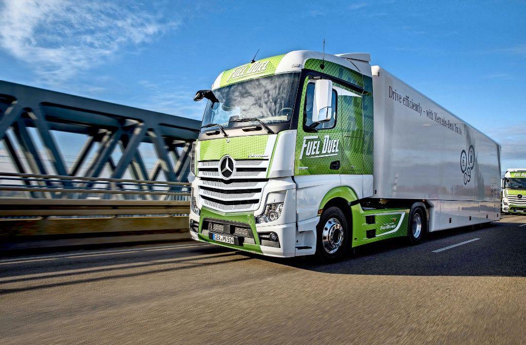 Mercedes-Benz Lkw reduziert die Zahl der Modellvarianten und setzt noch stärker auf das Topmodell Actros. Foto: Daimler
