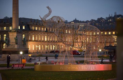 Die erste Leuchtfigur steht auf dem Schlossplatz
