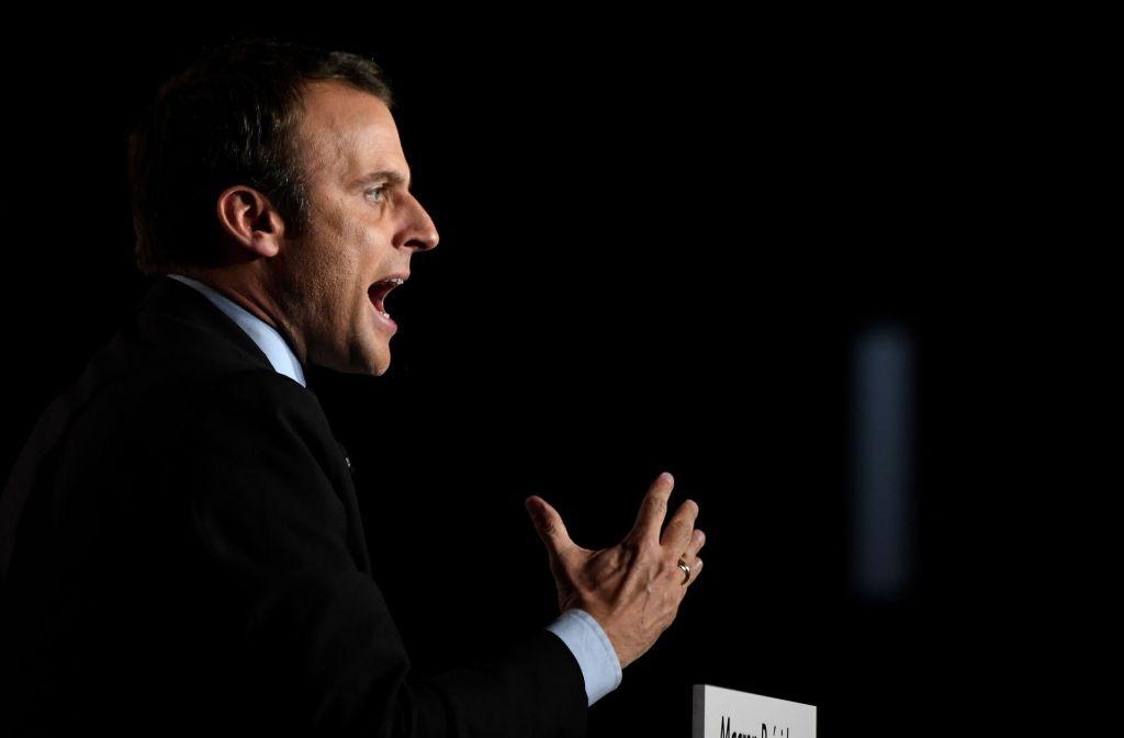 Der französische Präsidentschaftskandidat Emmanuel Macron ist Opfer eines Hackerangriffs geworden. Foto: AFP