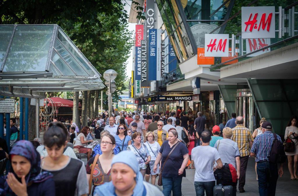 Viele Einzelhändler auf der Königstraße kapitulieren vor den hohen Mieten. Foto: Lichtgut/Achim Zweygarth