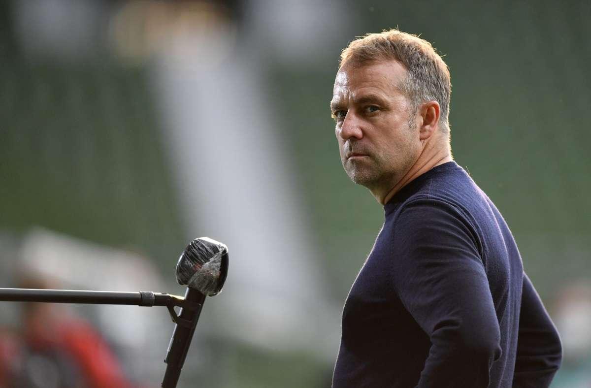Mann im Fokus: Meistertrainer Hansi Flick vom FC Bayern Foto: dpa//Martin Meissner