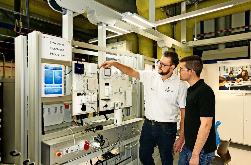 Die Hochtechnologie macht auch vor dem Handwerk nicht halt. Foto: Horst Rudel