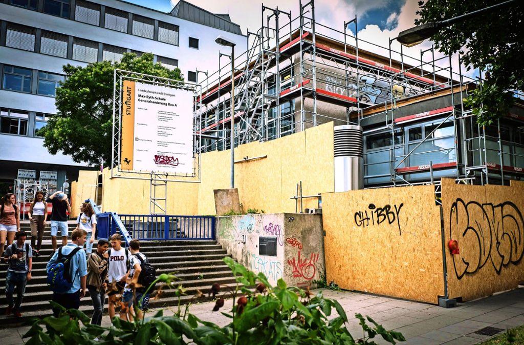 Zu den Aufgaben von Isabel Fezer gehören die Sanierungen von Schulen und die Bereitstellung von Kitaplätzen. Foto: Lichtgut/Achim Zweygarth