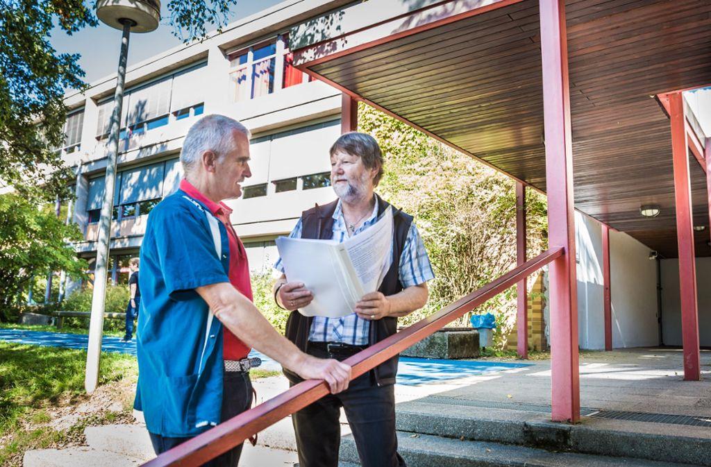 Georg Appel (links) und Michael Mattig-Gerlach haben eigene Zahlen zum Unterrichtsausfall erhoben. Foto: Lichtgut/Julian Rettig