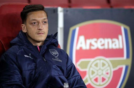 Arsenal distanziert sich von Mesut Özil