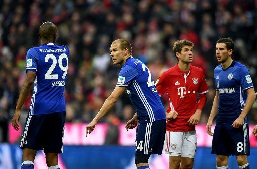 Bayern Remis gegen Schalke, Wolfsburg verliert erneut
