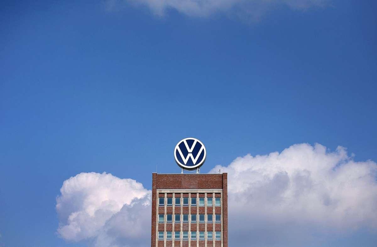 Der EU-Justizkommissar Didier Reynders sagte, VW dürfe nicht länger auf Zeit spielen. (Symbolbild) Foto: AFP/RONNY HARTMANN