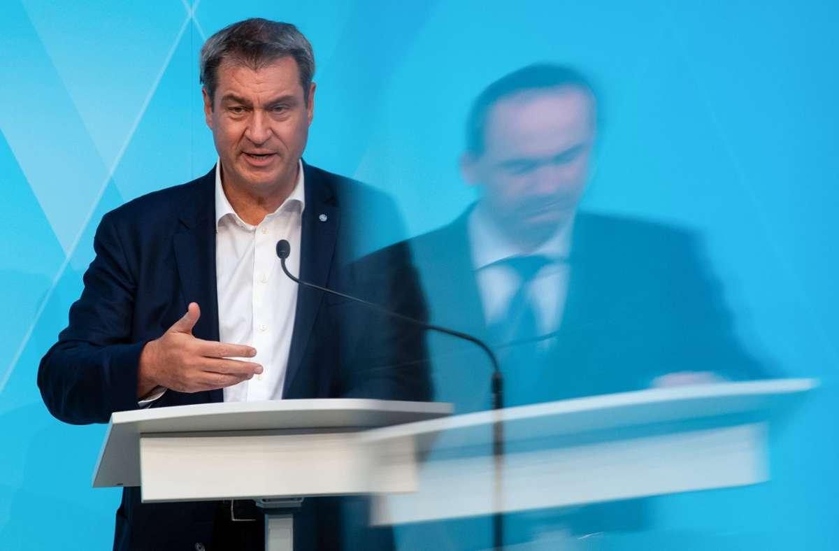 Markus Söder kritisiert die Erhöhung der Zuschauerzahlen bei der EM. Foto: dpa/Sven Hoppe