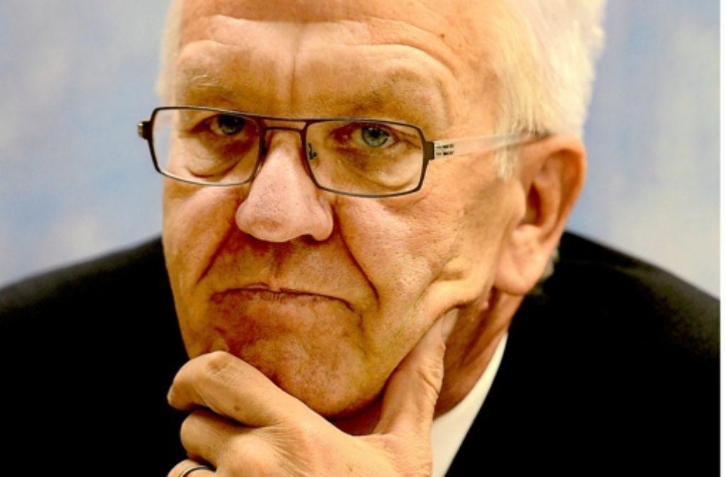 Regierungschef Kretschmann sorgt in den eigenen Reihen für Unruhe – die Vita des Ministerpräsidenten sehen Sie in der folgenden Bilderstrecke. Foto: dapd