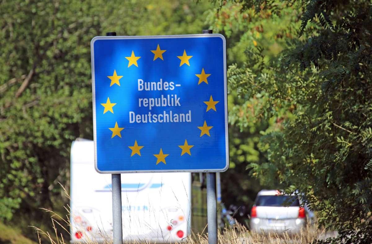 Unverheiratete Paare aus Nicht-EU-Staaten können bald wieder nach Deutschland einreisen. Foto: imago images/U. J. Alexander