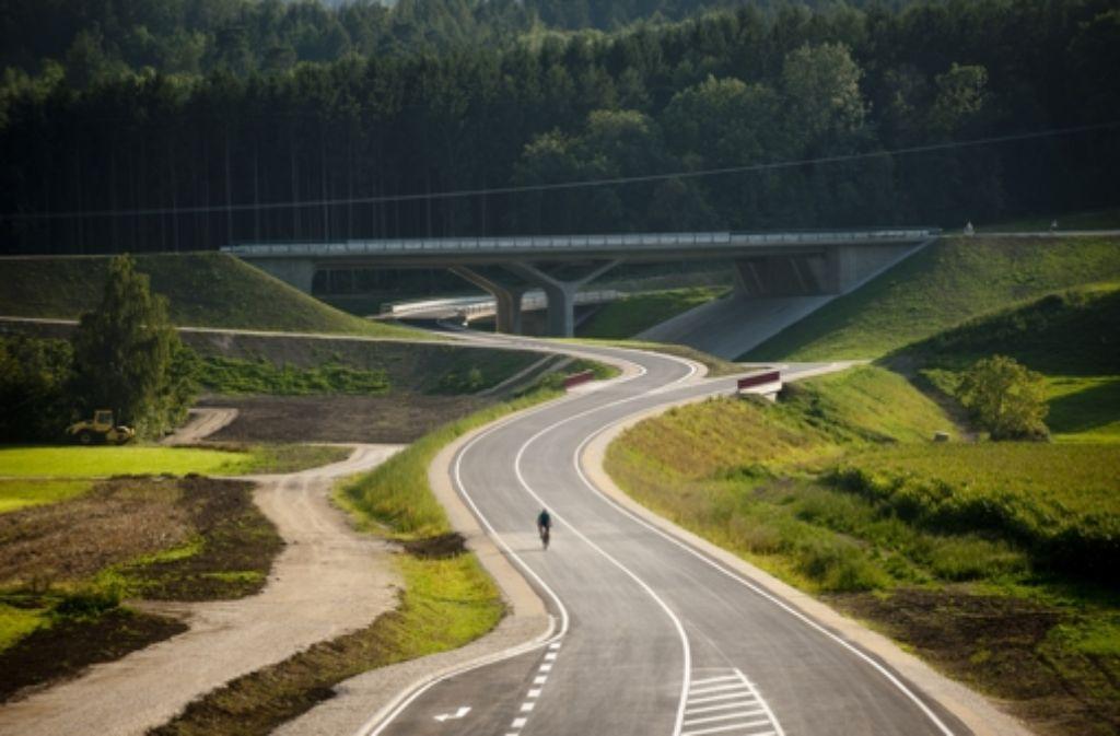 Am Ausbauende der B10 soll möglichst bald weiter gebaut werden. Hat der Bundesverkehrsminister jetzt Geld dafür? Foto: Rudel
