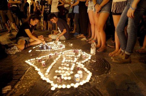 Hunderte gedenken getöteter 16-Jähriger