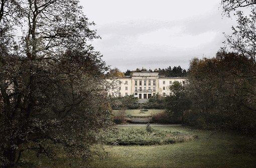 Verblasst, vergilbt: Auch die einstige Zentralschule der FDJ in Brandenburg ist Bestandteil der Fototouren durch verlassene Orte. Foto: Tucic