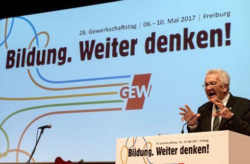 Winfried Kretschmann auf der bundesweiten Tagung der Gewerkschaft Erziehung und Wissenschaft (GEW) in Freiburg. Foto: dpa