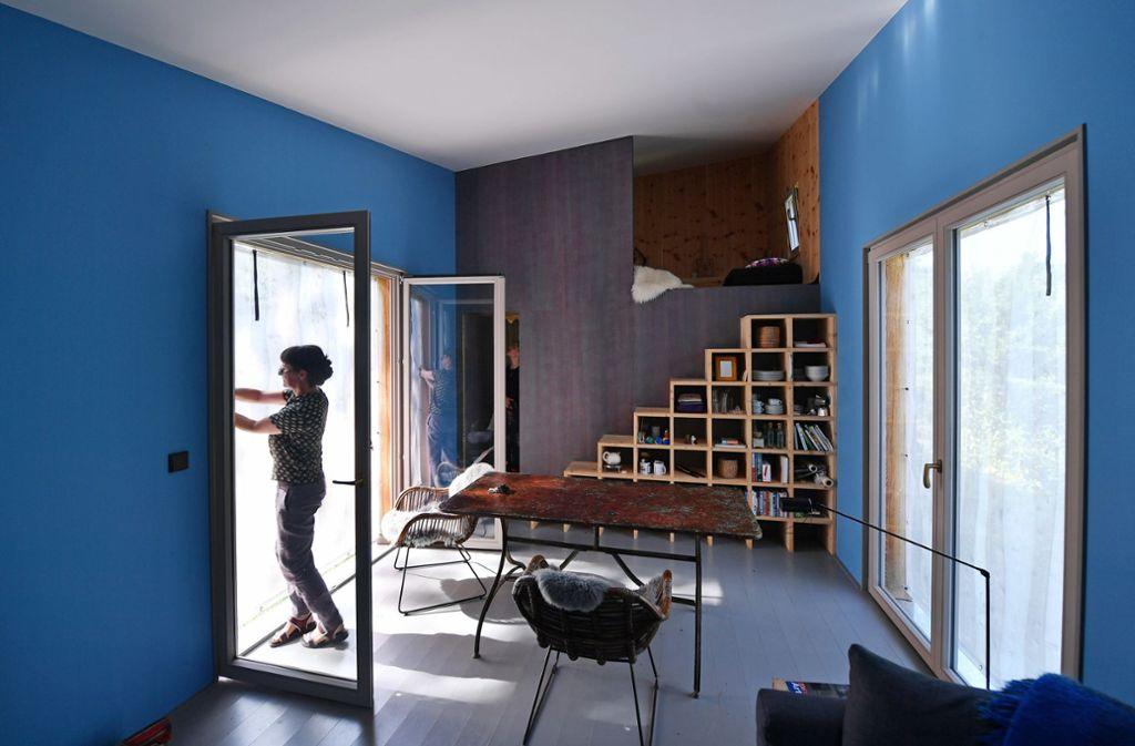 In einem Tiny House findet man alles, was ein großes Haus hat, auf kleinem Raum. Foto: dpa/Martin Schutt