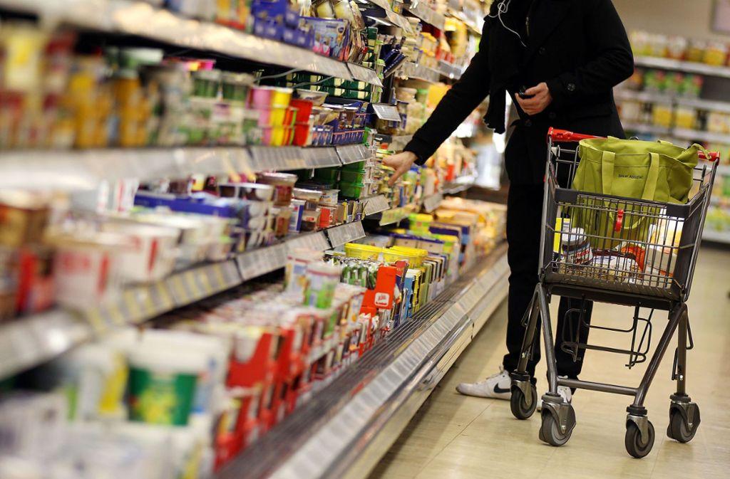 Geht es nach Bundesernährungsministerin Julia Klöckner, sollen bis zum Jahr 2025 gesündere Fertiglebensmittel in die Supermarktregale  kommen. Foto: dpa