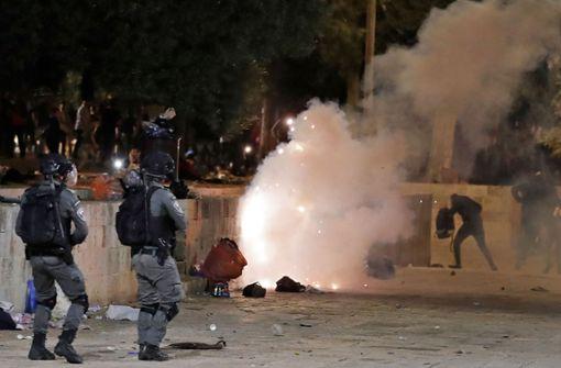 Mehr als 200 Verletzte bei Auseinandersetzungen