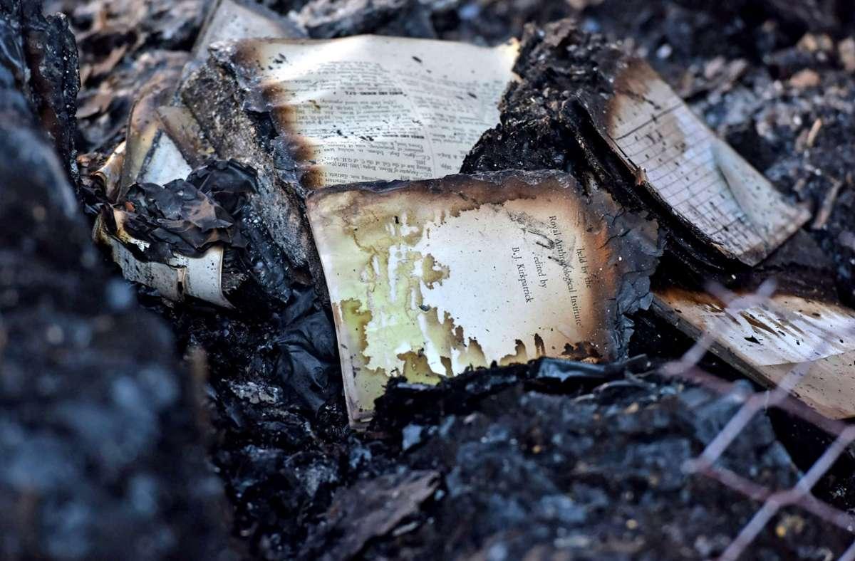 Verbrannte Bücher in der Jagger-Bibliothek der Universität Kapstadt Foto: dpa/Lerato Maduna