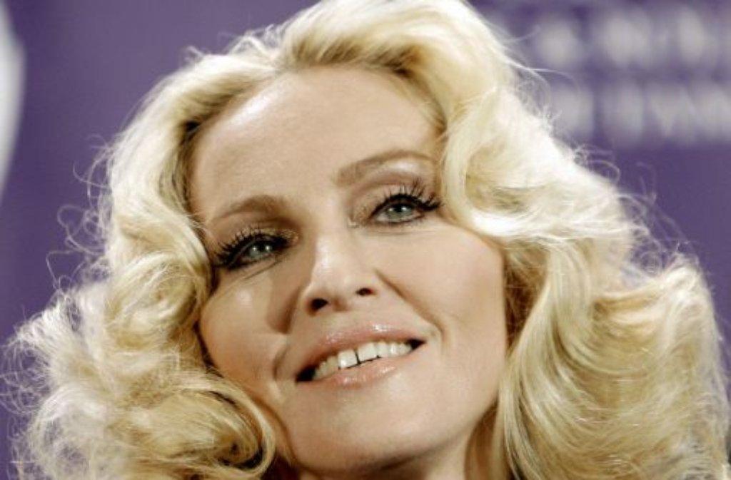 Zahnlücken, wie die Popikone Madonna eine hat, sind Kult. Der Kieferorthopädie zum Trotz stehen viele Promis zu ihrem rotzigen Grundschul-Look. Foto: dpa