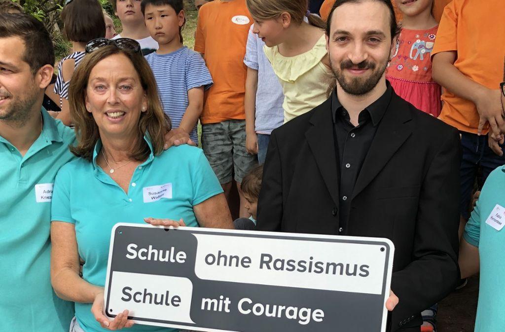 """Standortsleiterin Susanne Walter und Markus Schädle, der Landes-Koordinator dieses Projektes """"Schule ohne Rassismus"""" Foto: Martin Haar"""