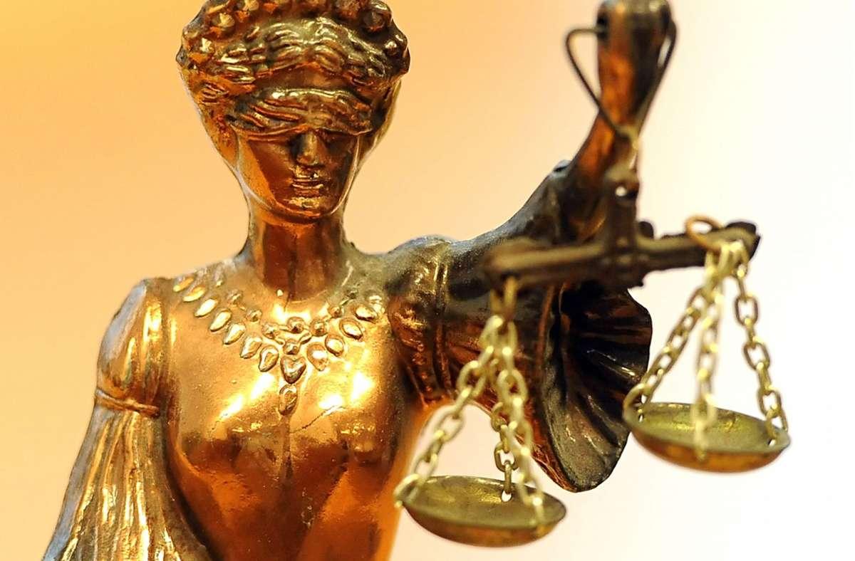Das Gericht  hat den Angeklagten zu einer  Bewährungsstrafe verurteilt. Foto: dpa/Britta Pedersen