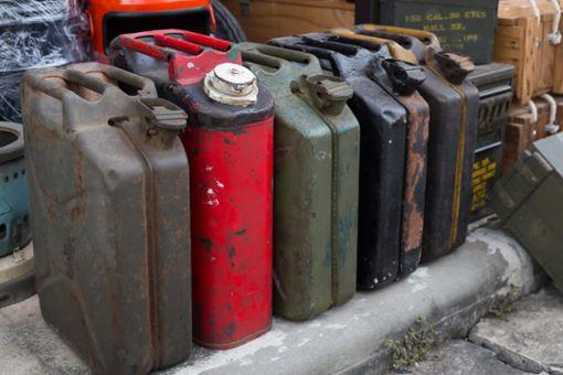 Benzin und Diesel entsorgen