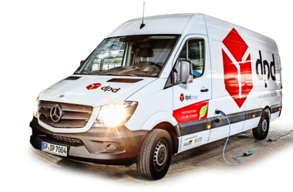 Ein Hybrid-Fahrzeug ist schon im täglichen Dienst. Foto: dpd