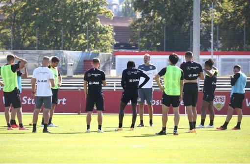 VfB-Profis starten mit zwei Einheiten in Trainingswoche