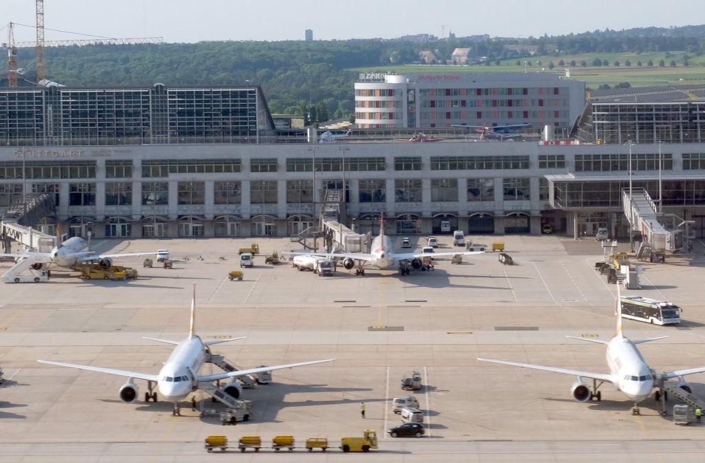 Der Betrieb am Flughafen Stuttgart ist 2017 besser in Schwung gekommen, als angenommen worden war. An  manchen Flughäfen in Deutschland herrscht allerdings mehr Wachstum. Foto: dpa