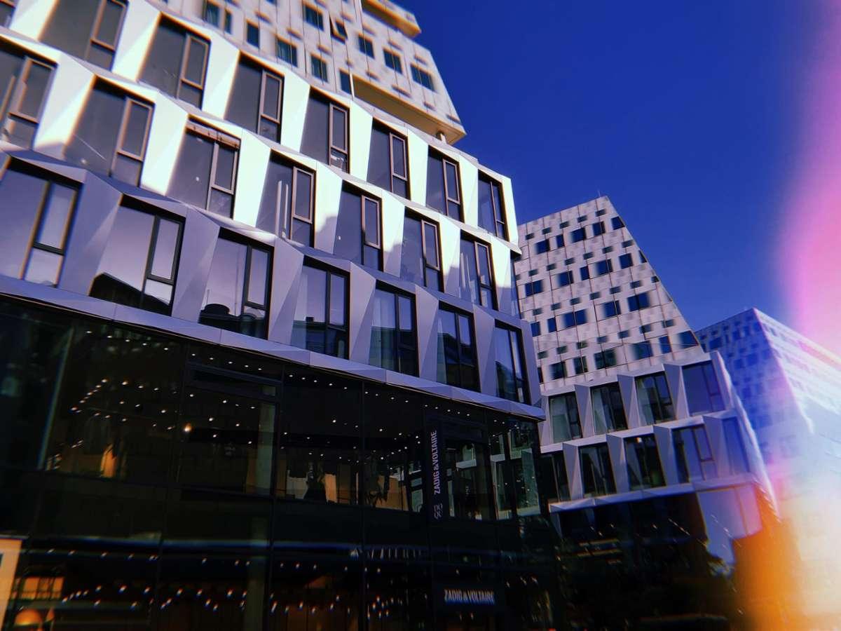 Der Kessel ist bekannt für seine Baustellen, aber daraus entsteht ja bekanntlich auch Neues wie etwa das Dorotheen-Quartier.  Foto: Sebastian Milpetz