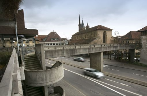 Altstadtring wegen Steg-Abriss gesperrt