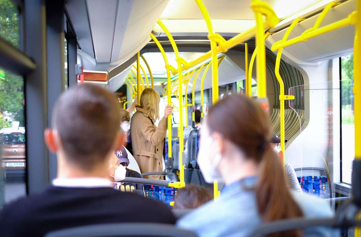 Busfahrgäste müssen sich von Montag bis Mittwoch auf Probleme einstellen (Symbolbild) Foto: Lichtgut/Max Kovalenko
