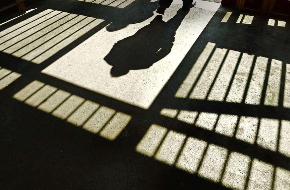 Ein 23-jähriger Häftling hat einen Polizisten in einer Londoner Haftanstalt erschossen. Foto: dpa/Felix Kästle