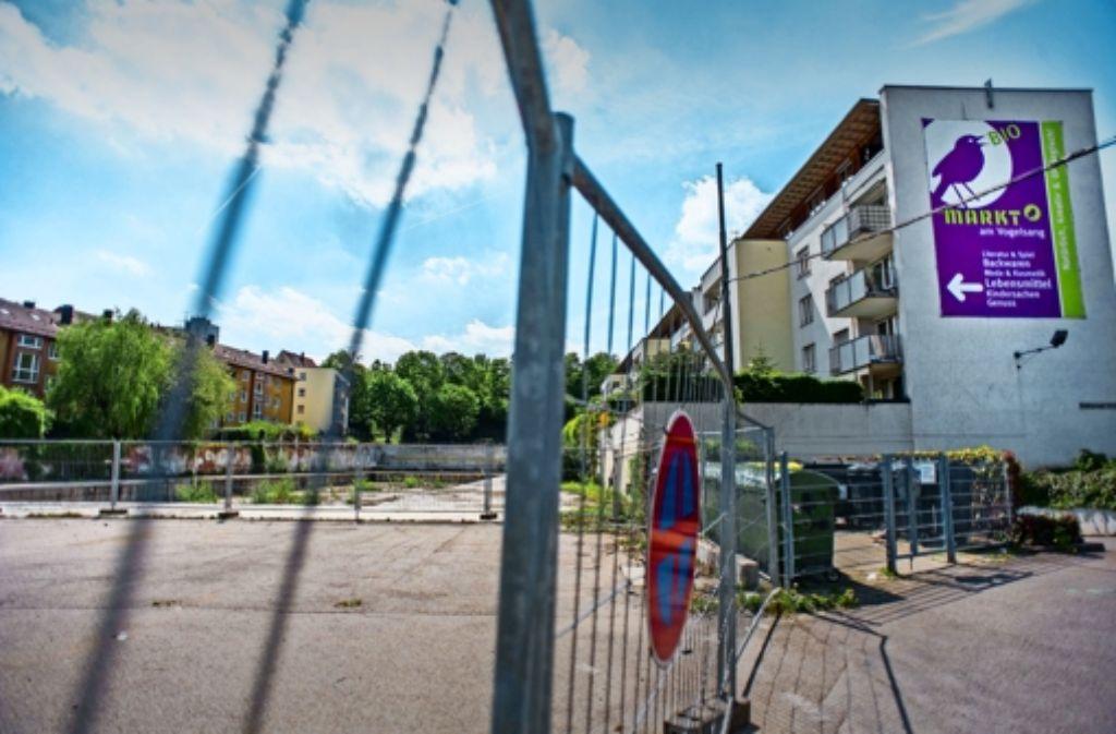 Die Fläche im Stuttgarter Westen wird bald mit Wohnungen bebaut – die Frage ist nur: Welcher Bauherr kommt zum Zug? Foto: Lichtgut/Max Kovalenko
