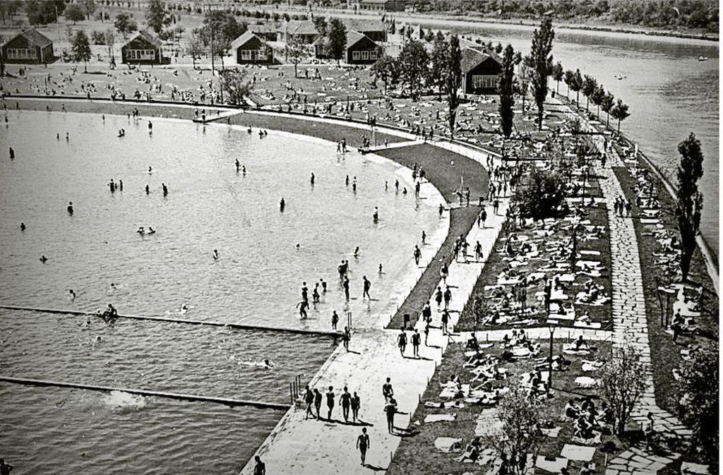 1935 war der künstlich am Neckar angelegte Max-Eyth-See ein Strandbad Foto: DLRG
