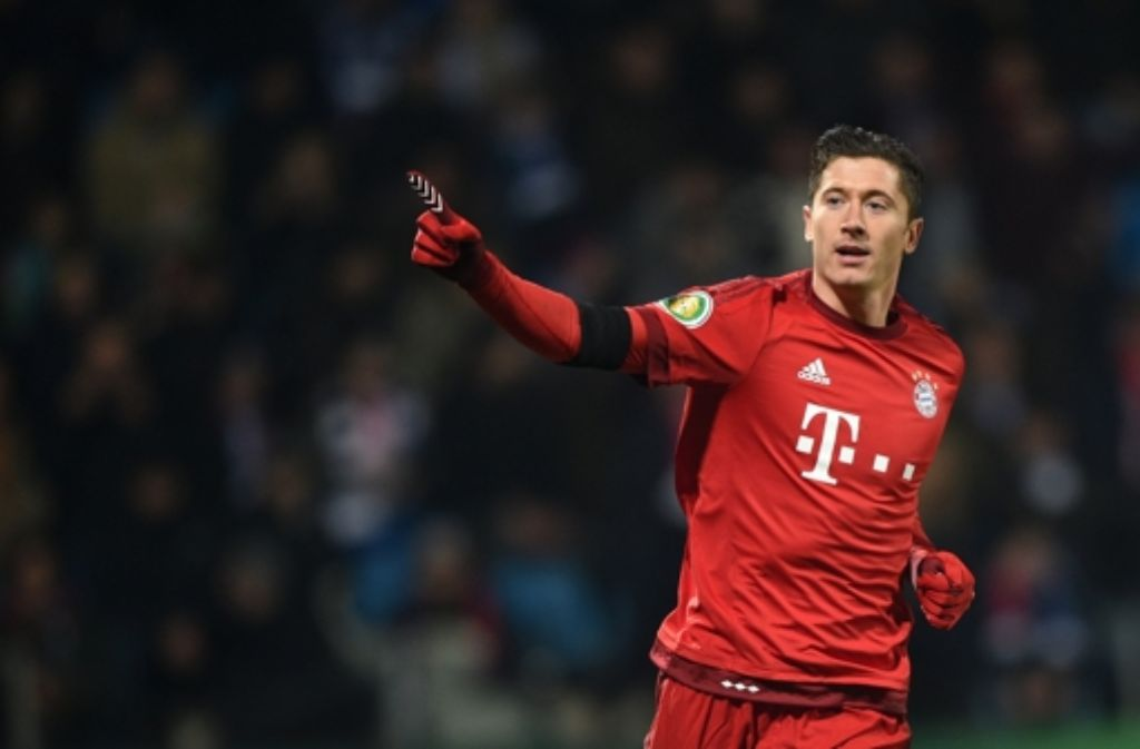 Münchens Robert Lewandowski jubelt nach seinem Tor zum 3:0. Foto: dpa