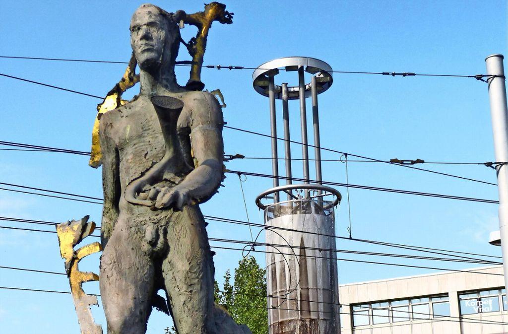 Auch Götterbote Hermes mag nicht auf die hässliche Wassersäule blicken. Foto: Uli Nagel