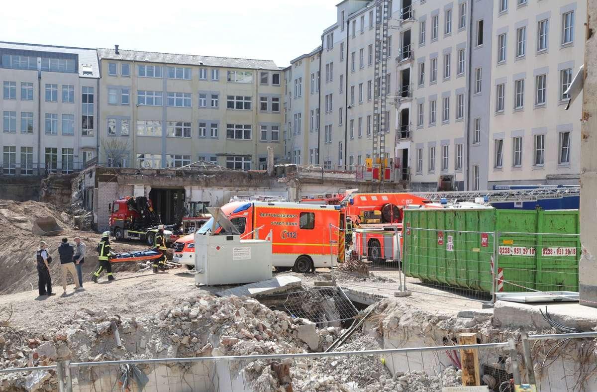 Die Polizei ermittelt nach eigenen Angaben wegen des Verdachts der Baugefährdung. Foto: dpa/Matthias Kehrein
