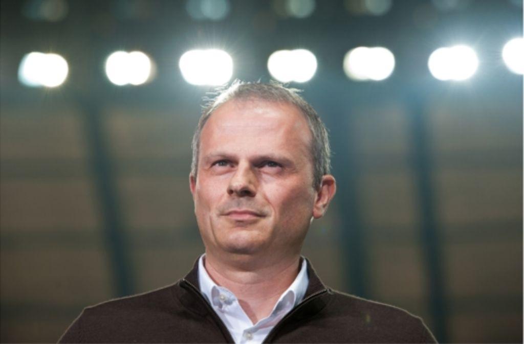 Jochen Schneider rückt beim VfB immer mehr ins Rampenlicht – und will als Manager an Profil gewinnen. In der Bilderstrecke stellen wir den 44-Jährigen näher vor. Foto: Pressefoto Baumann
