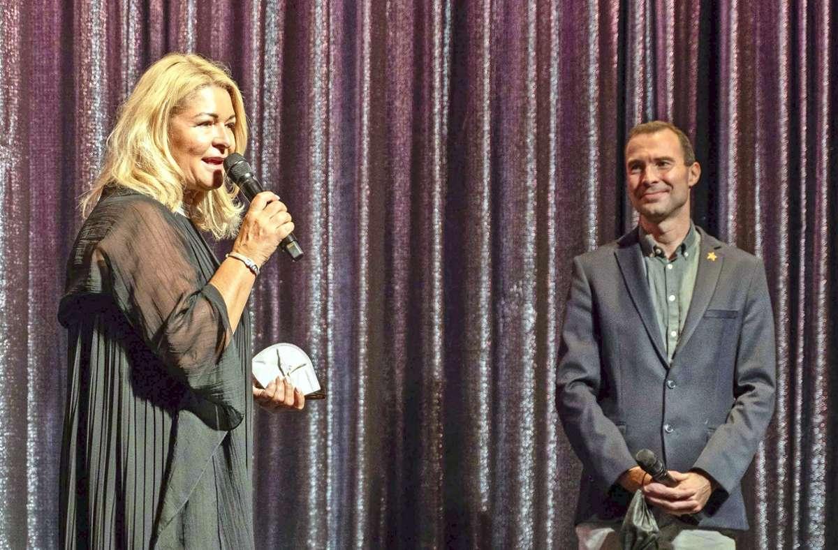 Gudrun Nopper und Timo Steinhauer auf der Bühne Foto: Lichtgut/Julia Schramm