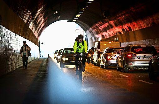 Für Radfahrer ist Durchfahrt nicht sehr angenehm. Foto: Leif Piechowski