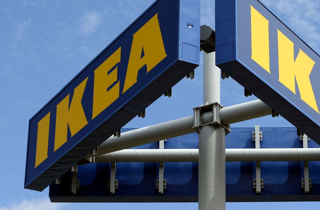 Ikea-Mitarbeiter entdeckten einen schlafenden Mann in der Bettenabteilung. Foto: AP/Alan Diaz