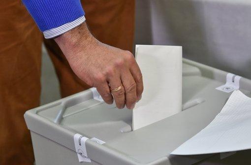 Die Bürger in Salach und Dürnau müssen neue Bürgermeister wählen. Foto: dpa