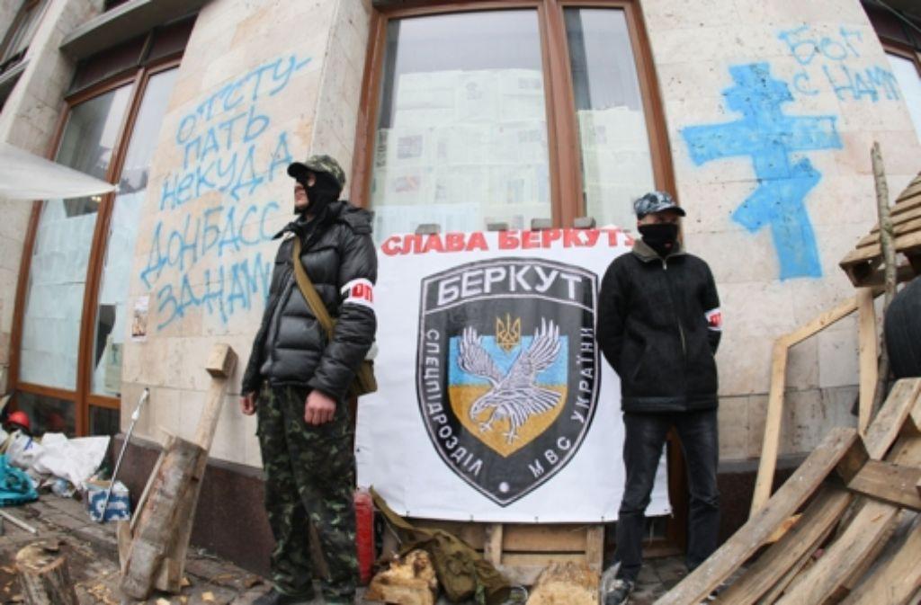 Pro-russische Aktivisten beherrschen die Szenerie im Osten der Ukraine. Foto: AFP