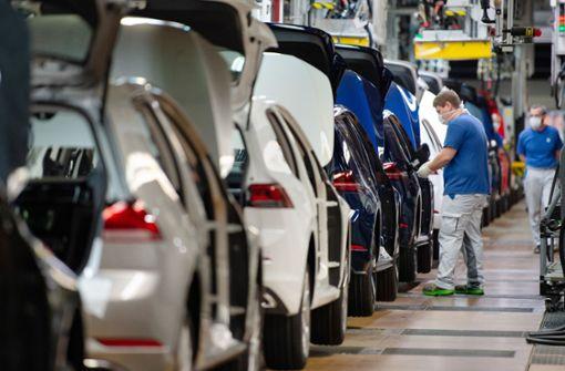 Daimler legt weitere Zwangspausen ein