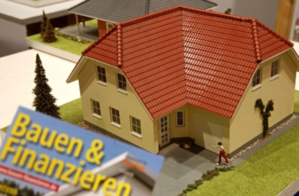 Lohnt sich Eigentum noch? Diese und andere Fragen hatten Hausbesitzer beim Tag der offenen Tür. Foto: