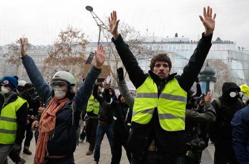 """Hunderte Festnahmen vor neuen Protesten der """"Gelbwesten"""""""