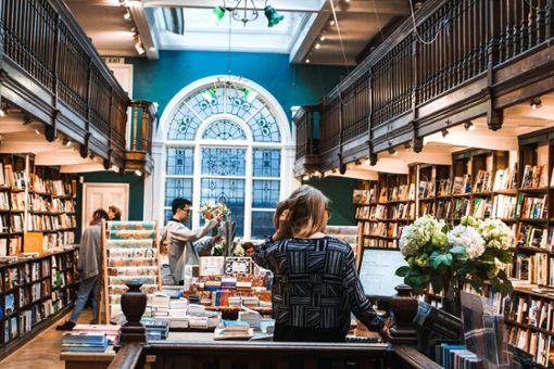 Leseratten aufgepasst! Passend zum Welttag des Buches haben wir zehn der besten Buchläden in Stuttgart für euch zusammengestellt.