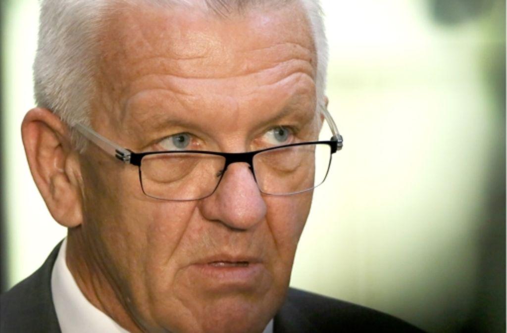 Winfried Kretschmann muss sich derzeit viel Kritik gefallen lassen. Foto: dpa