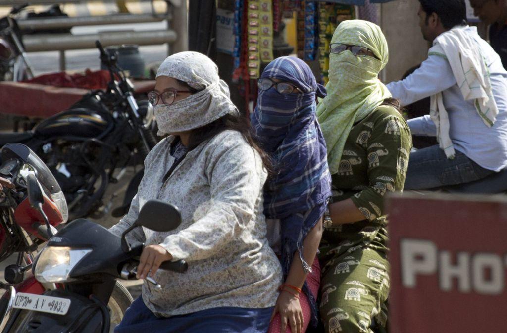 Hitzewelle in Indien. Die Menschen versuchen der Sonne zu entfliehen. Foto: dpa